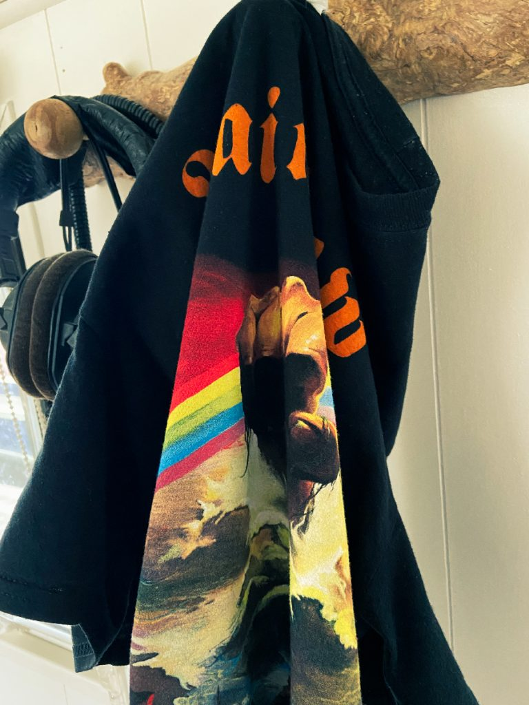 murpworks - musicfan6160 - There's a Rainbow Rising - Rainbow T-shirt III image