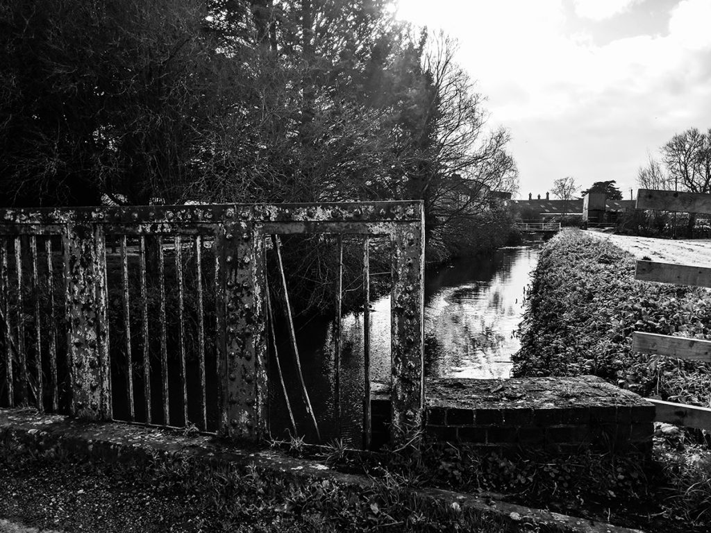 murpworks - In Search of an Abandoned Canal - iron bridge image