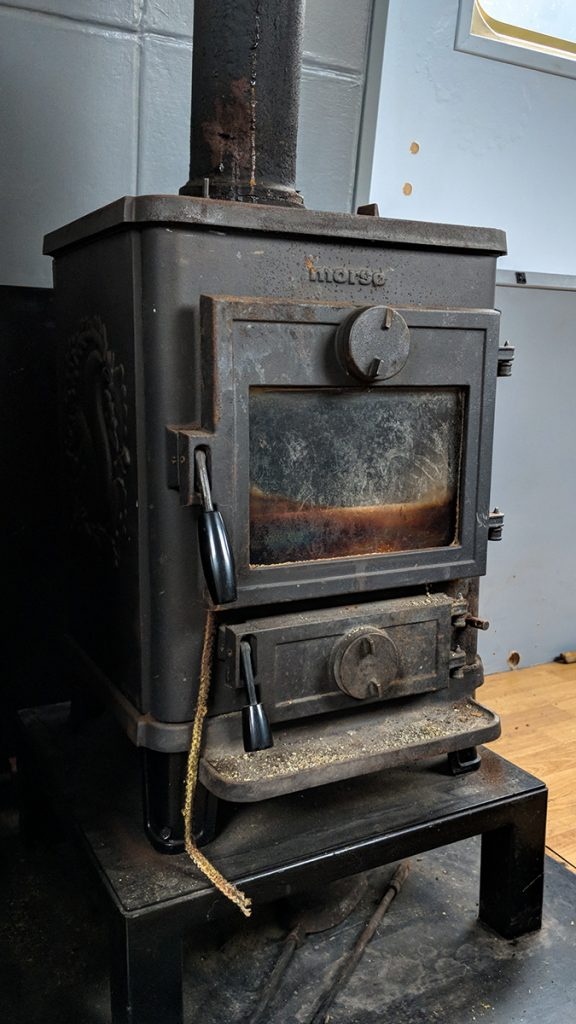murpworks - The Tales of Silverdale - A New Squirrel - Multi-fuel Stove image
